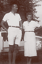 "my parents: Jan was 6'4"" and Hertha was 5'4"""