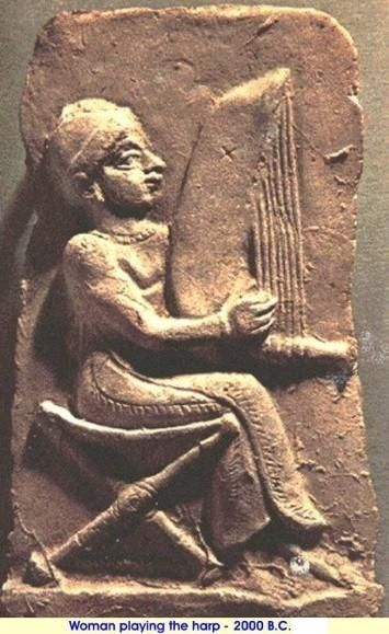 woman_playing_harp