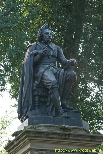 joost van den vondel statue