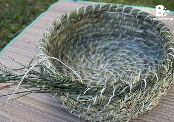 grass-basket-weaving_12
